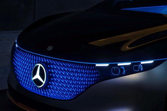 Mercedes mostra un misterioso modello per il CES