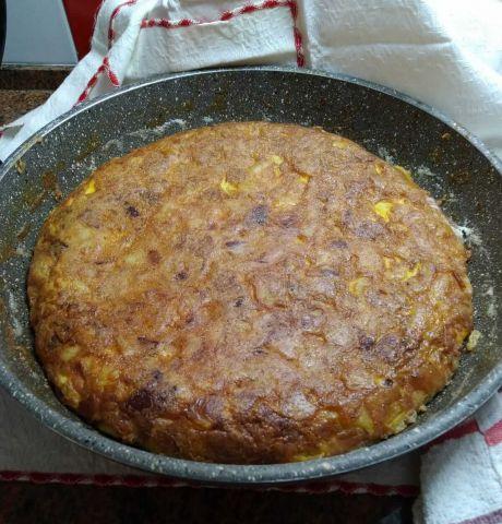 Frittata di patate ricetta perfetta come antipasto o come secondo piatto