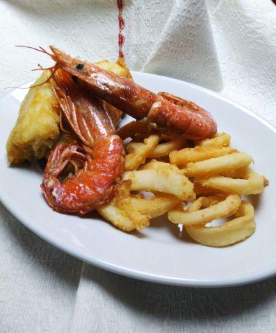 Pesce fritto, ricetta croccante e saporita per 6 persone