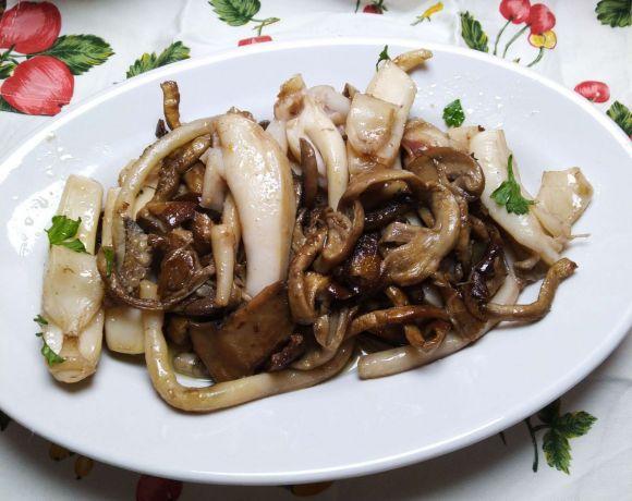 seppia con funghi