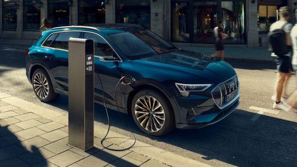 Audi e-tron produzione interrotta, ecco il motivo