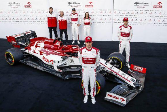 Alfa Romeo presenta la sua C39 al Circuit de Barcelona-Catalunya
