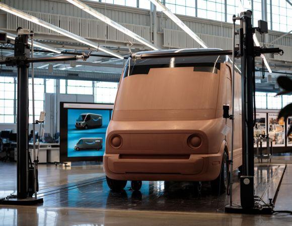 Amazon rivela il design del suo furgone elettrico