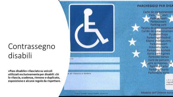 Contrassegno auto disabile: esteso il diritto a più persone, la domanda