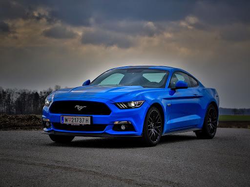 Ford Mustang: la nuova generazione arriva nel 2022?