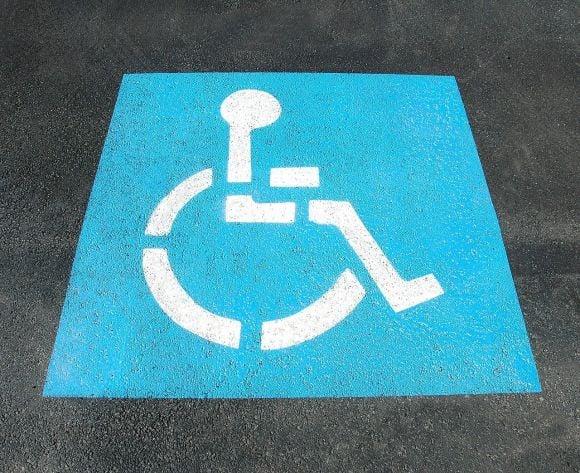 Parcheggio disabili personalizzato: requisiti e modulo per fare richiesta