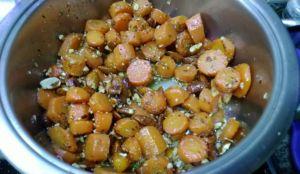 carote con mandorle speziate pronte