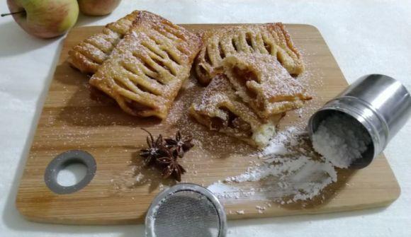 Mini strudel di mele, con pasta sfoglia ricetta veloce