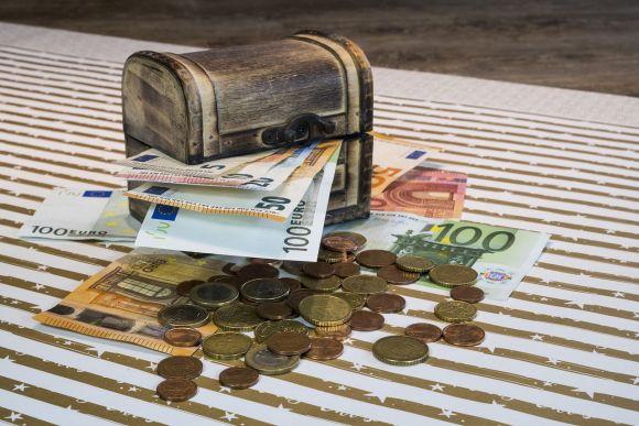 Soldi in banca: alcuni consigli su come investire i propri risparmi