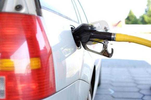 Legge 104 e disabili: come richiedere lo sconto sulla benzina