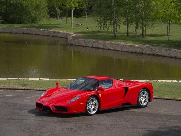 La seconda Ferrari Enzo prodotta messa in vendita in Gran Bretagna