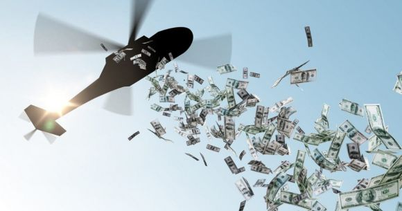 Regalare soldi a tutti per rilanciare l'economia: ecco l'utopia di Friedman