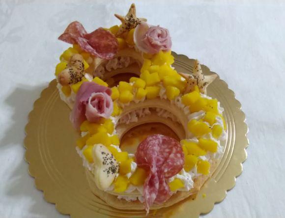 Cream tart, mimosa salata con mousse di ricotta e prosciutto