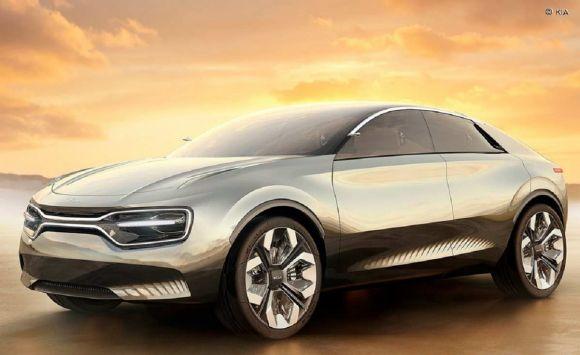 Nuova Kia CV: 500 km di autonomia e ricarica super veloce per il SUV elettrico