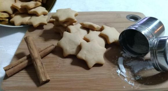 Biscotti alla cannella senza burro, friabili e croccanti
