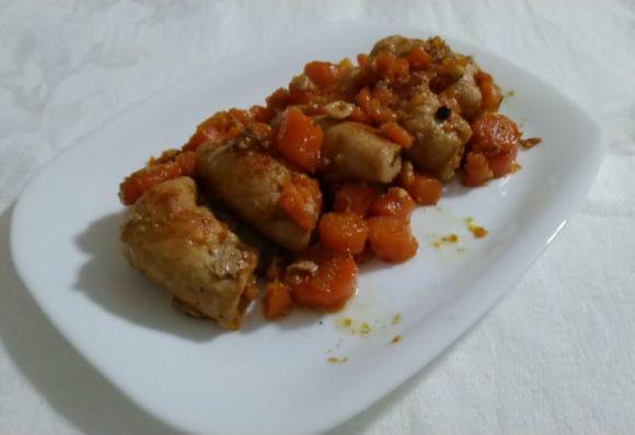 Involtini di arista con carote e nocciole alla birra, ricetta facile