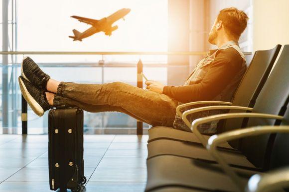 Dai rimborsi ai voucher per voli cancellati: in rosso le compagnie aeree