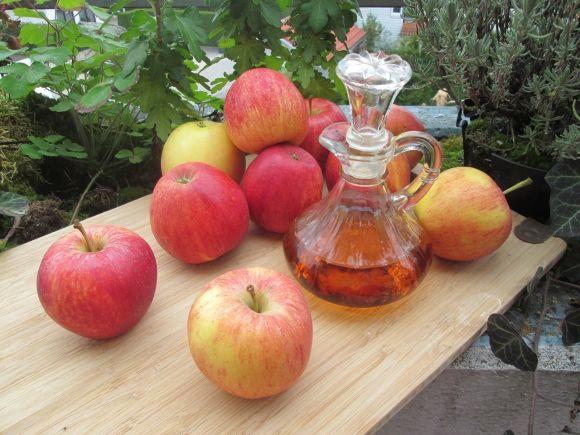 Aceto di mele, un toccasana per la salute: benefici e come usarlo