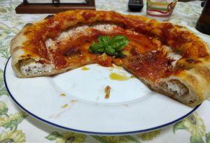 interno pizza alla diavola